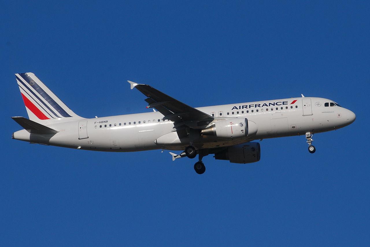 File airbus a320 200 air france afr f hbnb msn 4402 for Airbus a320 air france interieur