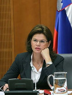 Alenka Bratusek photo.JPG