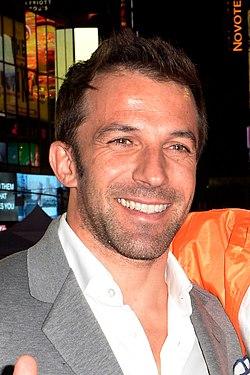 Alessandro Del Piero, New York NY 2015.jpg
