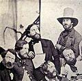 Alfred Rethel (mit Fächer) im Kreise deutscher Künstler, Rom 1844-1845.jpg