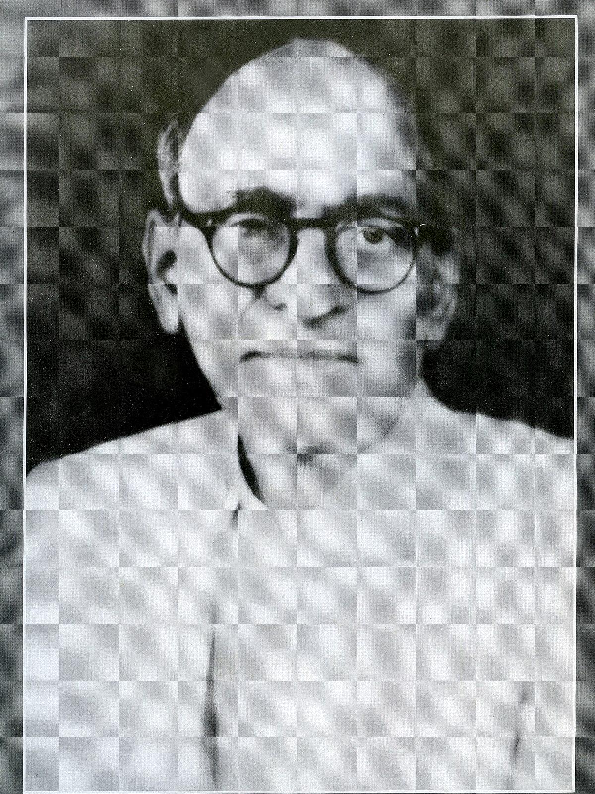 Short biography of Gopal Krishna Gokhale