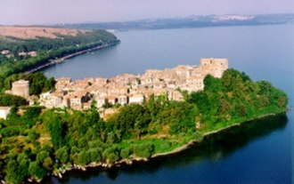 """Italy (Everybody Loves Raymond) - """"Italy"""" was filmed in the town of Anguillara Sabazia outside of Rome."""