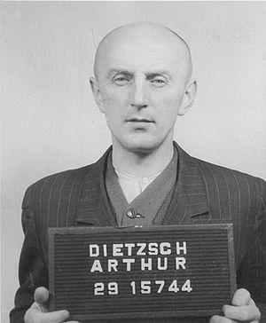 Arthur Dietzsch - Arthur Dietzsch, senior kapo nurse