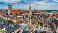 Aussicht von der St. Peter Kirche in München.jpg