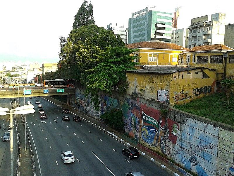 File:Avenida Radial Leste-Oeste 7.jpg