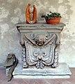 Badia fiorentina, chiostro degli aranci, frammento lapideo.jpg