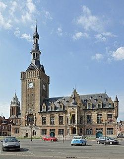 Le beffroi, hôtel de ville de Bailleul.