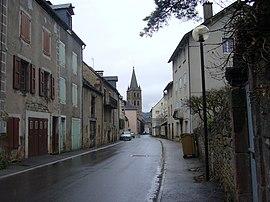 Un camino en el centro de la comuna.