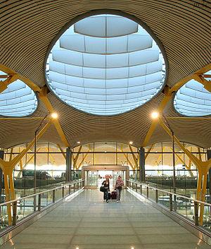 Adolfo Suárez Madrid–Barajas Airport - Madrid-Barajas T4 interior