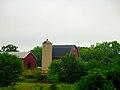 Barn and a Poured Concrete Silo - panoramio.jpg