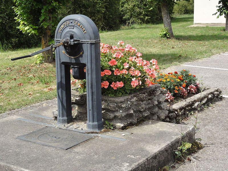 Baudrémont (Meuse) pompe Lemaire A