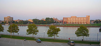 Central Michigan - Bay City, looking East from Veterans Memorial Park