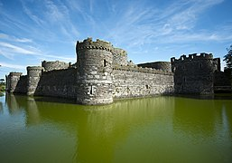 Beaumaris Castle (8074243202).jpg
