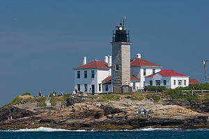 Beavertail Lighthouse - Image: Beavertail Light from the water 2007