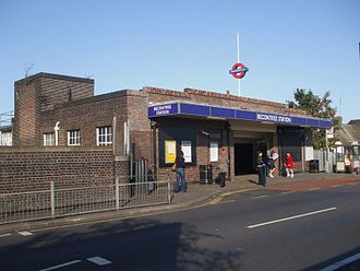 Becontree tube station - Entrance from Gale Street