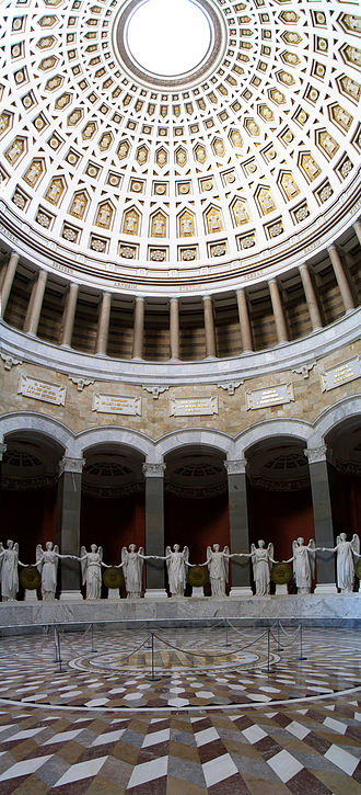 Befreiungshalle - Interior with sculptures by Ludwig Schwanthaler