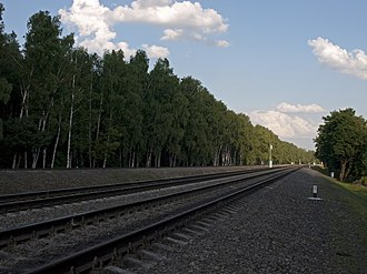 Losiny Ostrov National Park - Moscow Little Ring Railway in 2011: the Belokamennaya Station is ahead