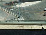 Ben Gurion International Airport מבט מטה מאולם שחקים.JPG