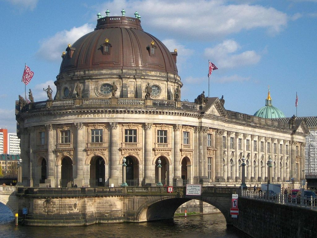 Berlin, Mitte, Museumsinsel, Bodemuseum 01