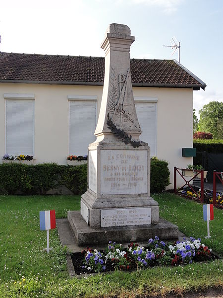 Besny et Loizy (Aisne) monument aux morts