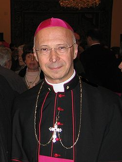 Bishop Angelo Bagnasco (2005).jpg