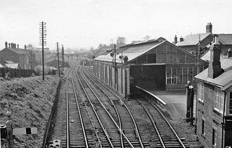 Bishop Auckland railway station - Image: Bishop Auckland 2 railway station 1805267 f 99ac 746