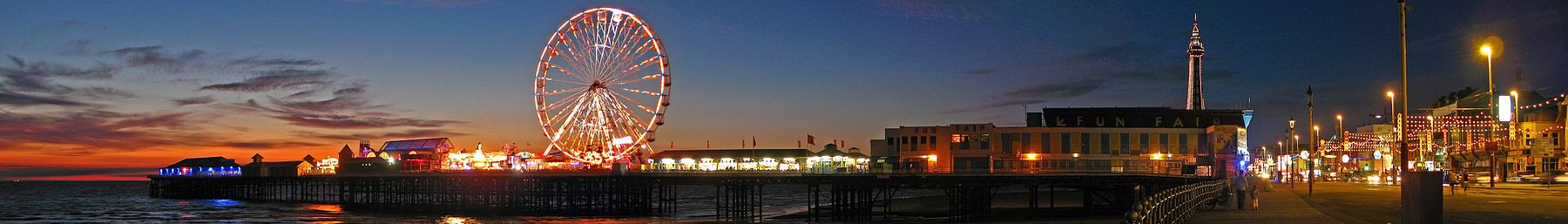 Blackpool banner Night lights.jpg