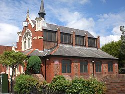 Blessed Trinity Church side, Queensferry.jpg