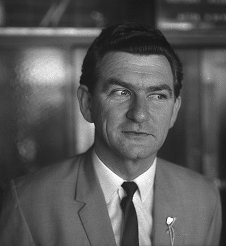 Hawke soon after his election as ACTU president in September 1969 Bob Hawke elected President of the ACTU, Paddington Town Hall, Sydney, 10 September 1969 - Uwe Kuessner, Australian Photographic Agency (5757040416).jpg