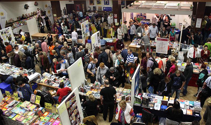 Soubor:Book Fair 2014 Havlíčkův Brod.jpg