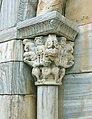 Brouilla portal kapitell(li).jpg