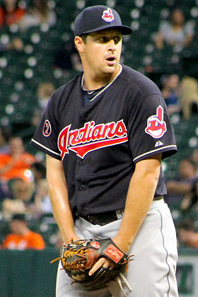 Bryan Shaw Indians Houston 2015.JPG