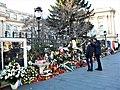 Bucuresti, Romania. Flori si ganduri bune pentru Regele Mihai. 8 Decembrie 2017.jpg