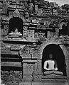 COLLECTIE TROPENMUSEUM Reliëfs en Boeddhabeelden op het Borobudur tempelcomplex TMnr 60013972.jpg