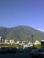 Caracas El Avila desde Garaje de UCV 2010.jpg
