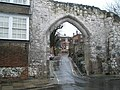 Castle Arch - geograph.org.uk - 1080710.jpg