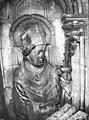 Cathédrale Notre-Dame - Contrefort de la tour sud, buste d'une statue d'évêque - Reims - Médiathèque de l'architecture et du patrimoine - APMH00030427.jpg