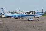 Cessna 182S Skylane 'G-XLTG' (30954274211).jpg