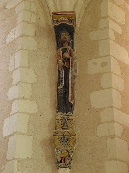 Église Saint-Pierre et Saint-Paul de Chigné(49). Chœur. Statue de Saint-Pierre.