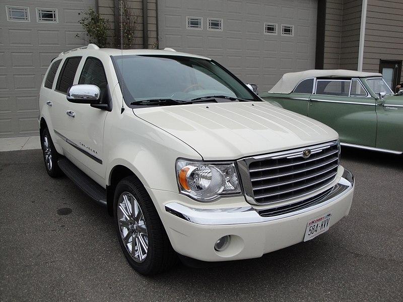 File:Chrysler Aspen (6170993462).jpg
