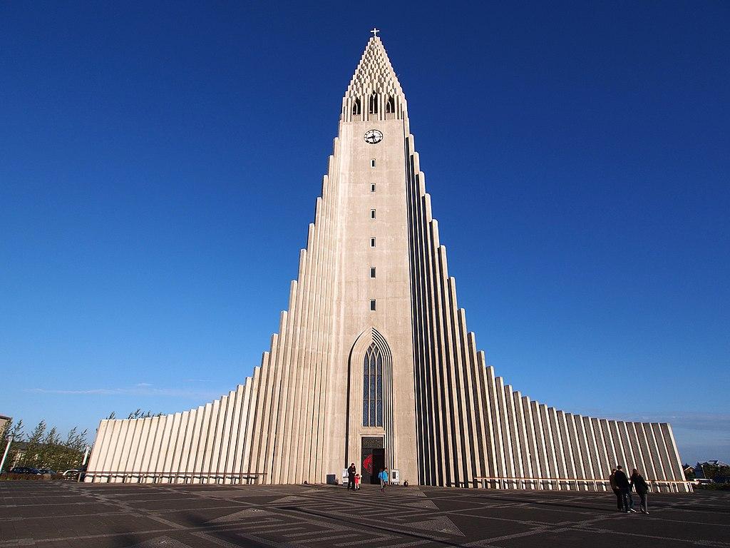 Eglise Hallgrímskirkja à Reykjavík en Islande - Photo de rheins