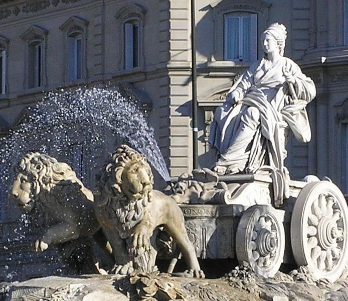 File:Cibeles con Palacio de Linares closeup.jpg