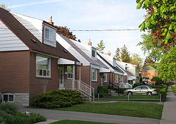 Residences in Clairlea