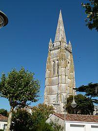 Clocher porche église de Marennes.jpg
