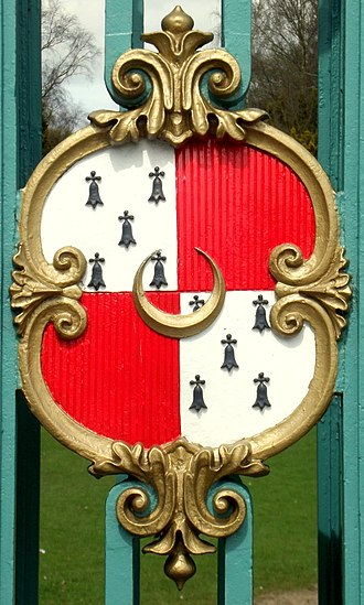 Earl of Harrington - Arms of Stanhope, Earls of Harrington (with A crescent or for difference), displayed on the gates of Elvaston Castle