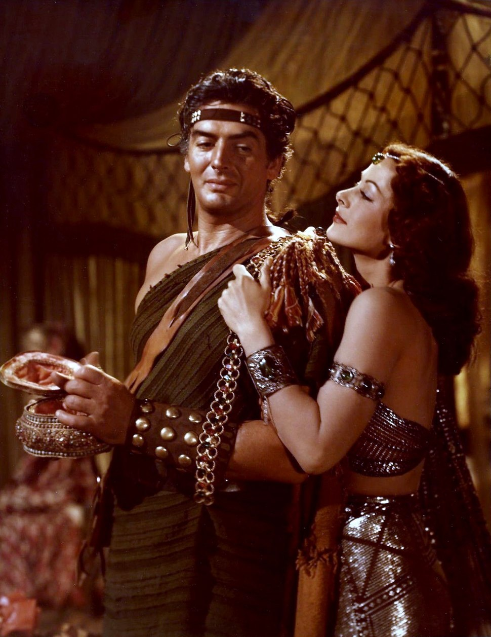 Color photograph of Victor Mature and Hedy Lamarr as Samson and Delilah