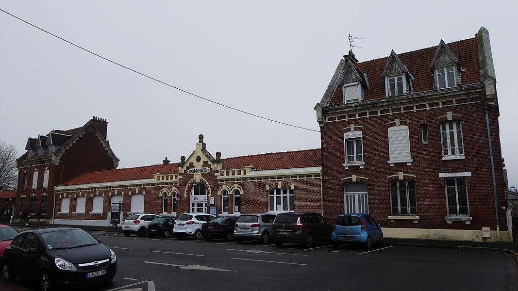 Corps du bâtiment principal de la gare de Comines-France. de  Comines (Nord (département français)