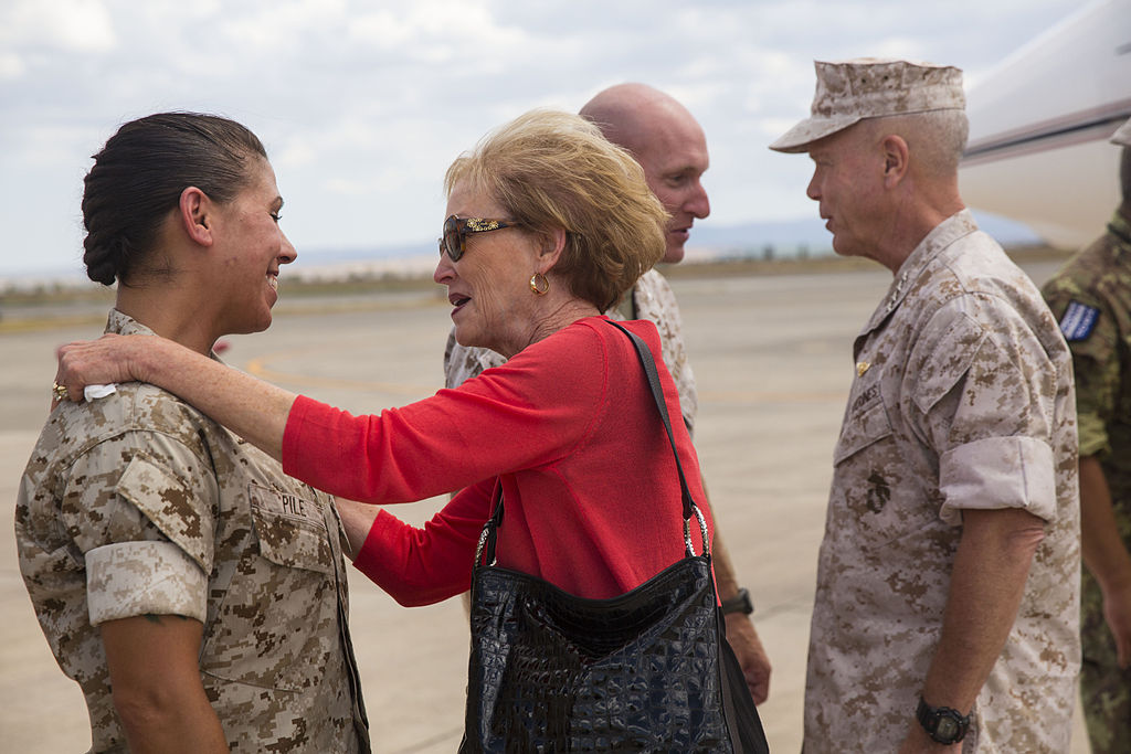 Filecommandant Sergeant Major Of The Marine Corps Visits Sp Magtf