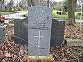 Commonwealth War Grave in Jarrow Cemetery (WW1-26) - geograph.org.uk - 1604073.jpg