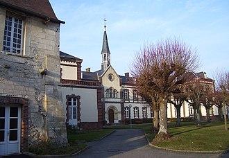 Conches-en-Ouche - Image: Conches en Ouche abbaye